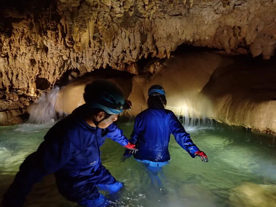 沖永良部島ケイビング 洞窟