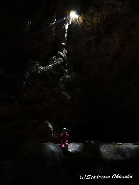 ケイビング 水連洞
