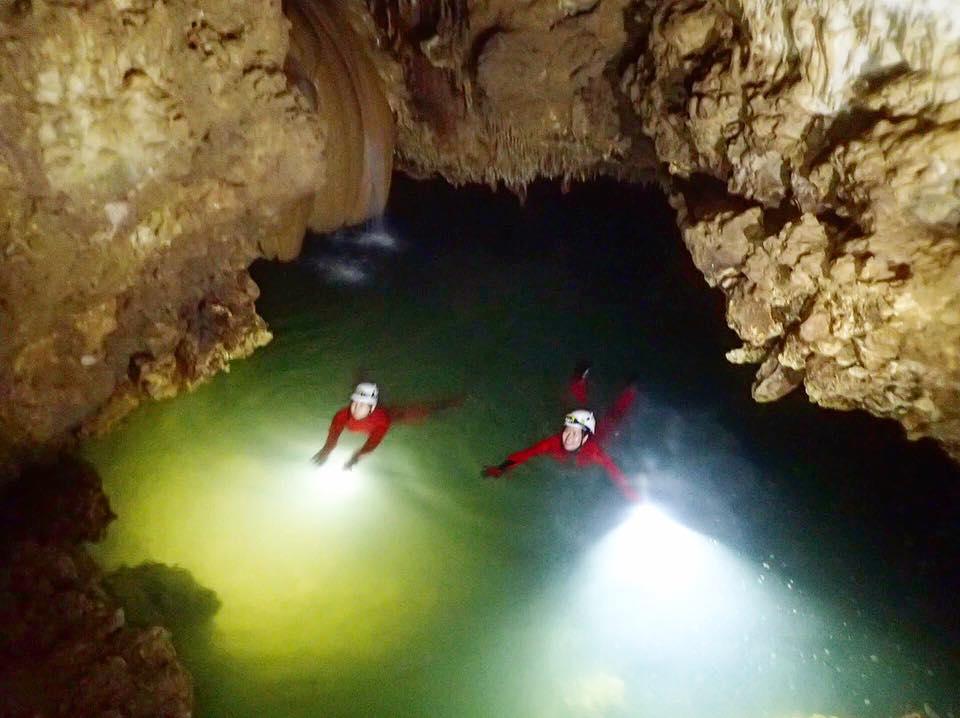 水連洞 沖永良部島の洞窟
