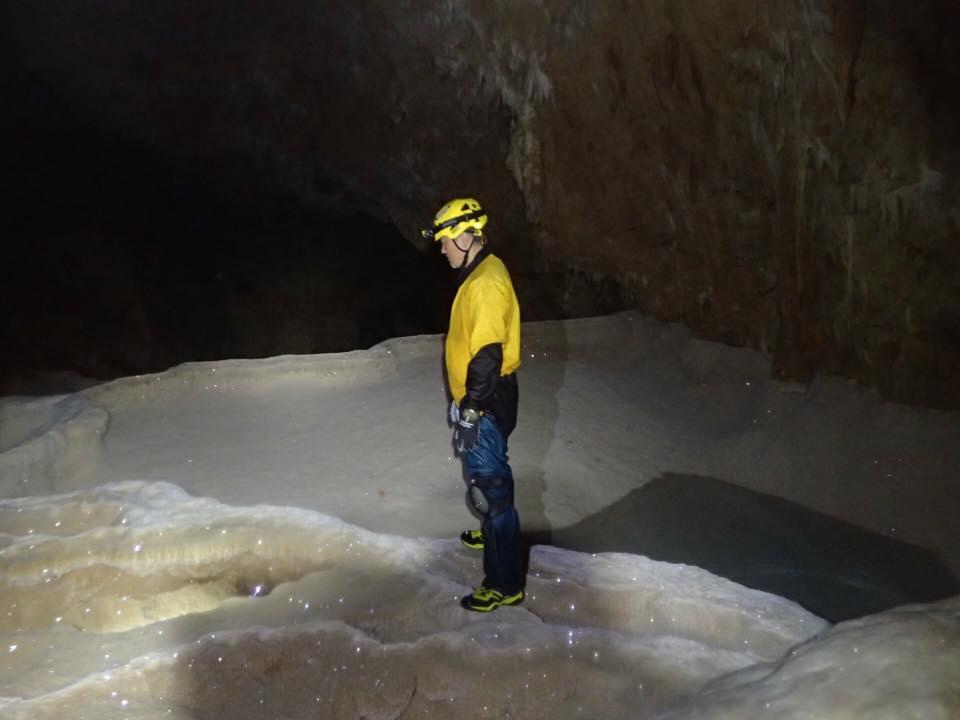沖永良部島 銀水洞 渇水調査