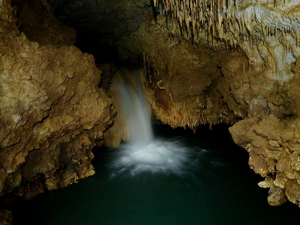 沖永良部島ケイビング 水連洞
