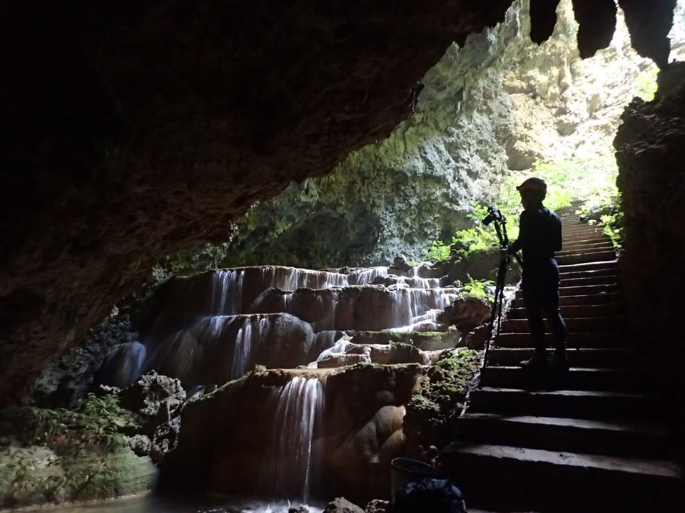 風景写真家さんと水連洞へ