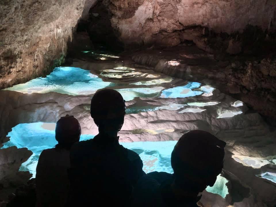 沖永良部島絶景洞窟「銀水洞」